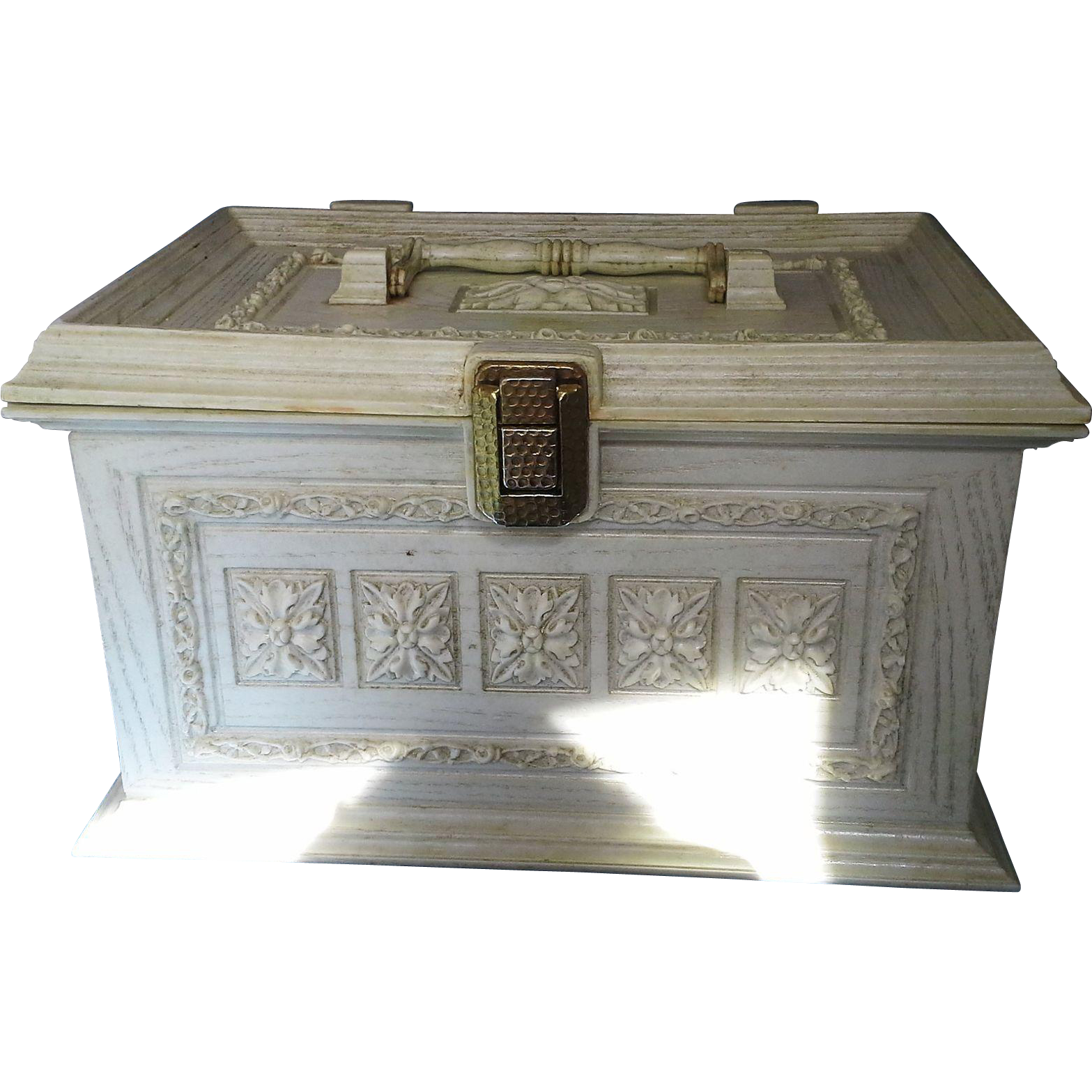 Max Klein Cream Faux Wood Plastic Sewing Notions Box