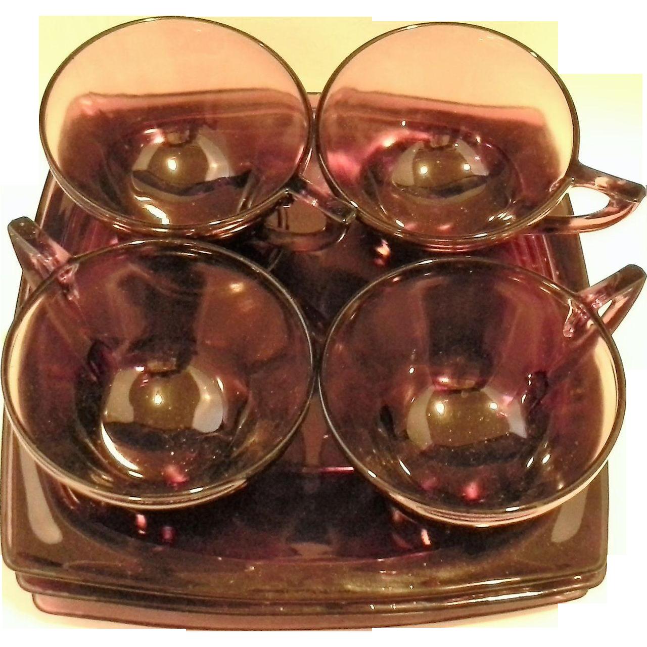 Hazel Atlas Moroccan Amethyst Square Snack Set 8 Pieces 4 Plates 4 Cups