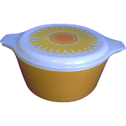 Pyrex Sunflower 1.5 Qt Casserole Yellow Orange White Glass