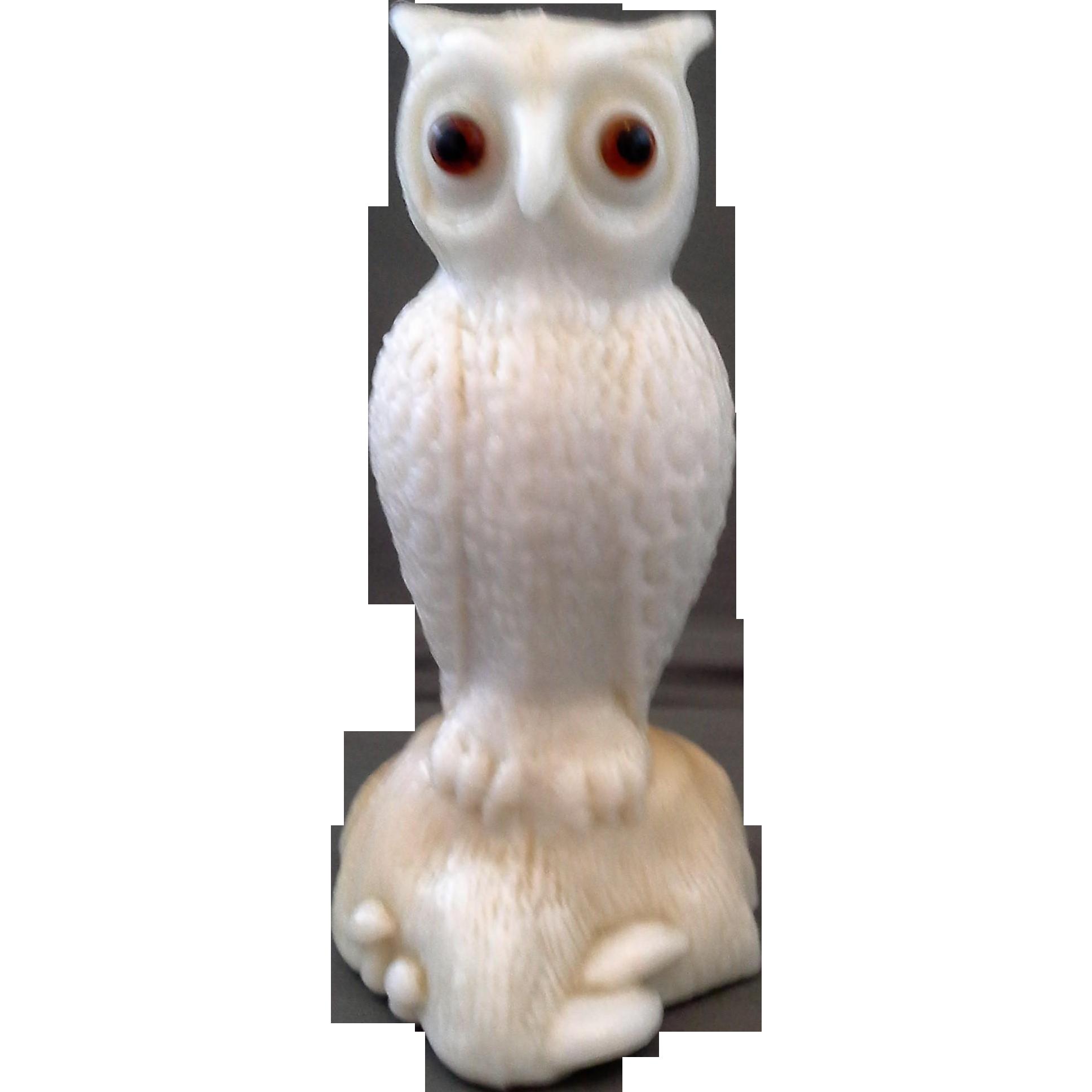 Westmoreland Fenton Owl Solid Glass Figurine White Caramel Slag Glass