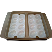 Tupperware 723-1 Deviled Egg Carrier Dish Beige Sheer White
