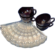 Anchor Hocking Daisy & Button Fan Shaped Snack Set Royal Ruby Red Cups