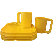 Yellow Melmac 4 Square Plates 2 Mugs Set