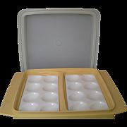 Tupperware 723-4 Deviled Egg Carrier Dish Harvest Gold Sheer White