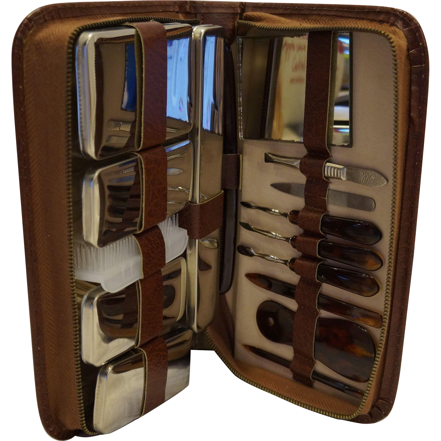 Vanity Travel Grooming Set 16 Pieces West Germany Complete Leather Zippered Case
