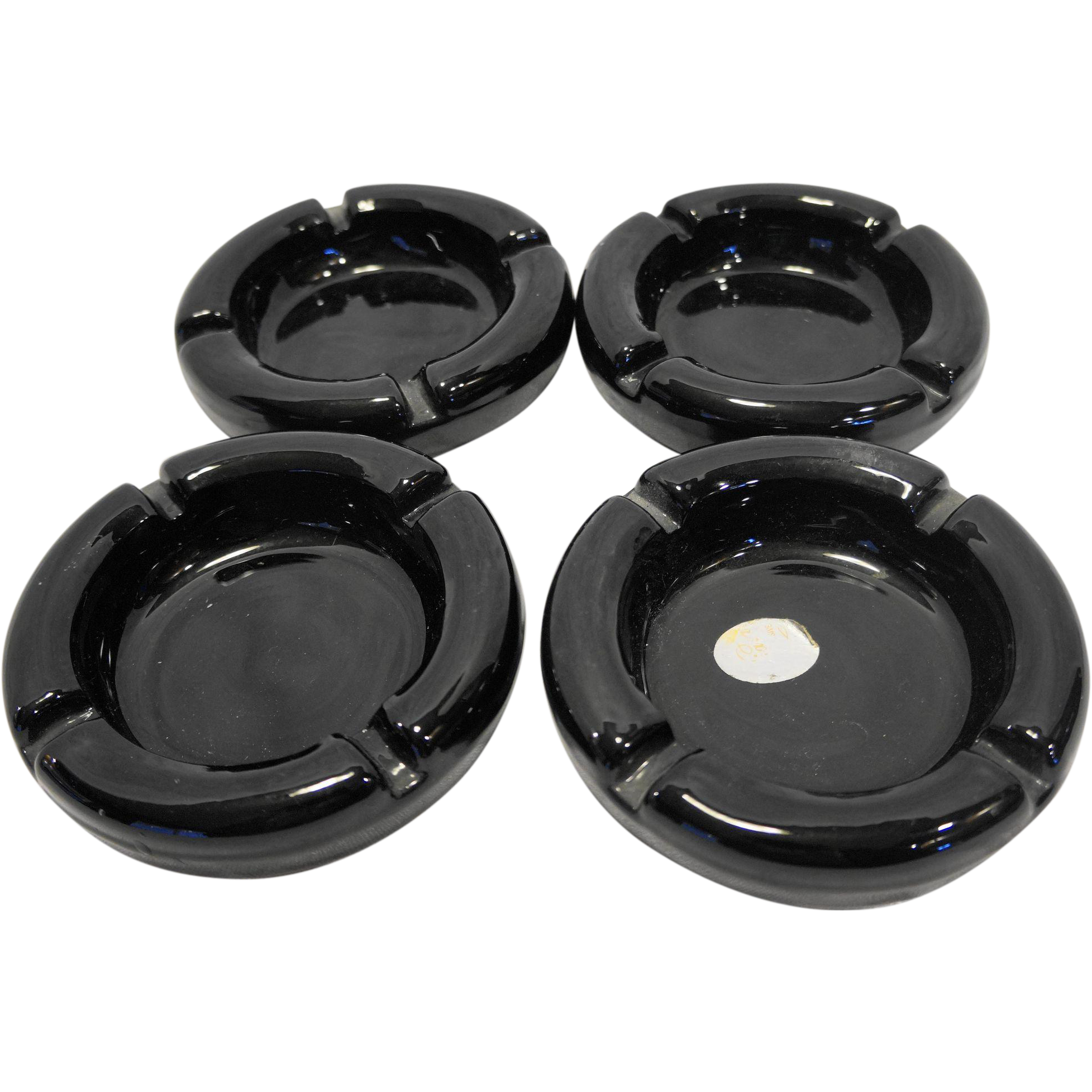 Tiara Exclusives Black Glass Round Ashtrays Set of 4