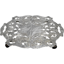 Silver Plate Expandable Trivet Pierced Floral Crescent 102 Vintage