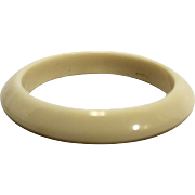Cream Beveled Lucite Bangle Bracelet