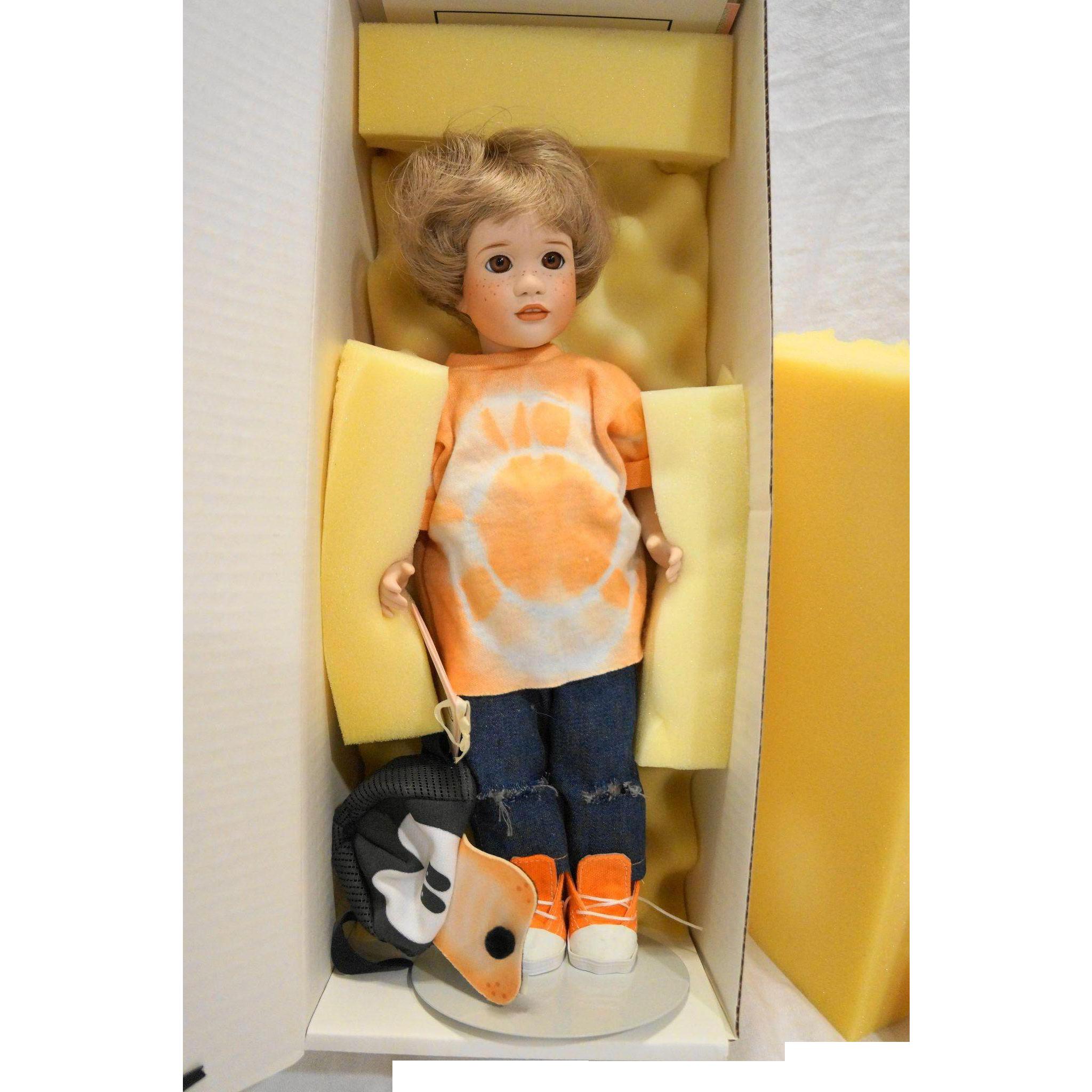Lawton Doll A Goofy Little Kid NIB MIB Ltd Ed 100 AP/1 1993 Disney World