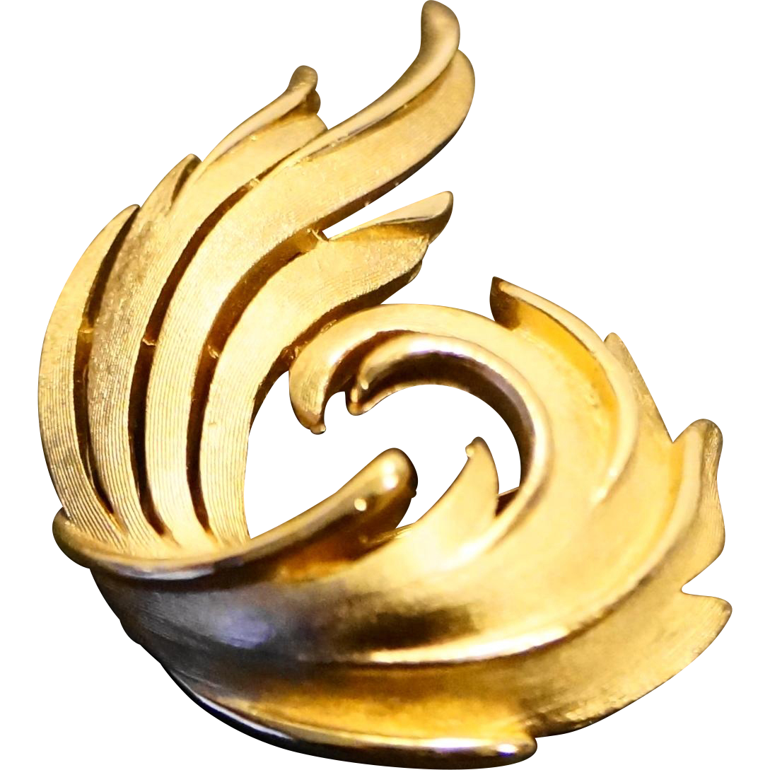 Trifari Swirl Feather Pin Brushed Gold Tone