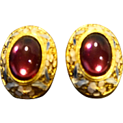 Pink Lucite Domed Cab Oval Enamel Floral Gold Tone Clip Earrings
