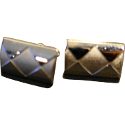 Swank Silver Tone Diamond Glossy Satin Harlequin Pattern Cuff Links