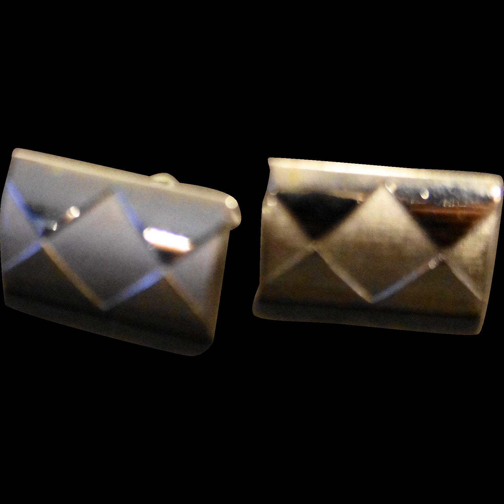 Swank Silver Tone Diamond Glossy Satin Harlequin Pattern Cuff Links
