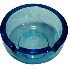 Viking Colonial Sky Blue Ashtray Art Glass #1036 Plain Round