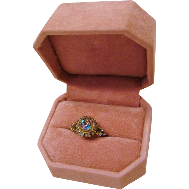 Victorian: Brilliant Optic True Iris Glass Ring