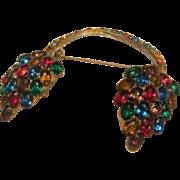 Vintage Czechoslovakian Hanging Art Glass Brooch
