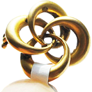 Victorian c1900 10k Bloomed Matte Yellow Gold Eternal Love Knot Brooch