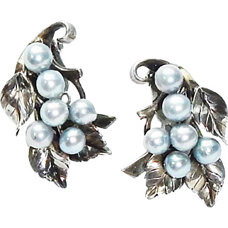 Vintage Mings of Hawaii signed Sterling Silver Blue Pearl Clip Back Earrings c1950