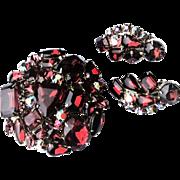 Vintage un Signed Ruby Red Rhinestone Brooch Earring Set Juliana D&E Weiss