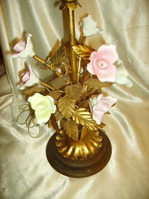 Lovely Vintage Italian Gilt Tole Porcelain Roses Table
