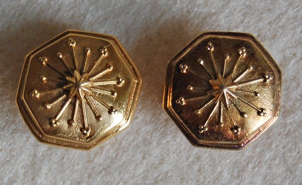 Victorian GOLD CUFFLINKS - 14K Gold / Ornate Octagon / Original Backs