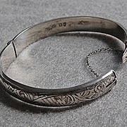 Vintage English STERLING BRACELET - Engraved Bangle Bracelet