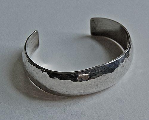 Vintage HAND HAMMERED Cuff Bracelet - Signed D. Clark (Navajo)