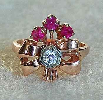 Retro RUBY & DIAMOND RING - 14K Gold  (Cocktail Ring), circa: 1945