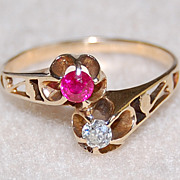 Victorian RUBY & DIAMOND ring - unusual 14K GOLD mounting / twin design