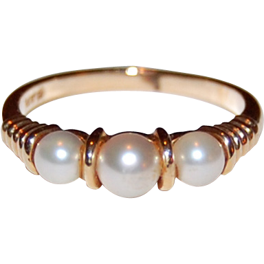 Vintage 14K GOLD & PEARL RING  /  Straight Row Pearl Ring - Three Pearls