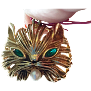 14K Yellow Gold Cat Pendant Emerald Eyes