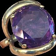Bold 14 Carats 1950's 14K Alexandrite Ring
