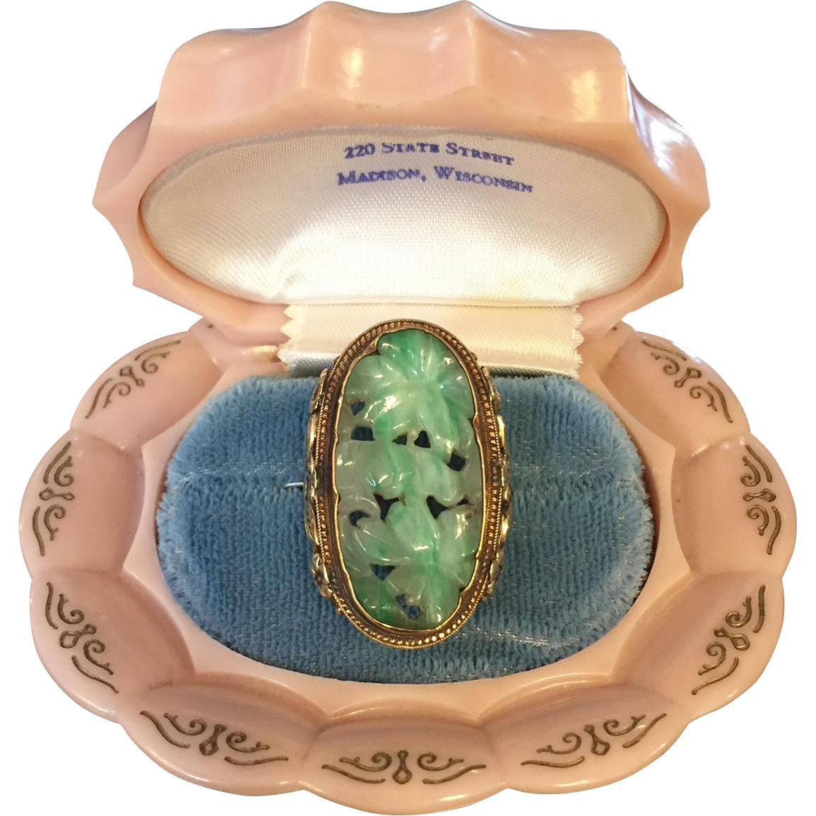 Huge Early 20th Century 14K Yellow Gold Jade Jadeite Ring