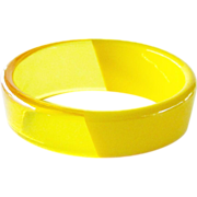 Two Tone Tapered Yellow Lucite Bracelet