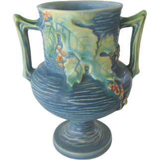 Roseville Blue Bushberry Vase #156-6
