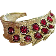 Exquisite Early 1900s Gold Tone Brooch with Deep Red Rhinestones