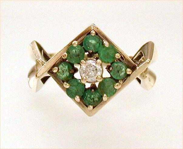Modern 14k Gold Emerald Diamond Estate Ring May Birthstone Size 7