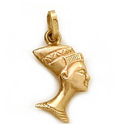 18K Gold Egyptian Nefertiti Bust Charm or Small Pendant, Egyptian Revival, Queen of Egypt