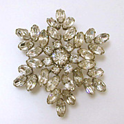 Rare Signed Lilly Dache Rhinestone Starburst Pin