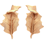 Trifari Leaf Earrings Textured Gold Tone with Shiny Curled Tip, Crown Trifari Leaves Clip On Earrings