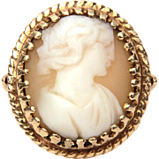 14k Carved Shell Cameo Ring, Size 6 1/4