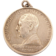 1928 Tiffany & Co Sterling Bankers Trust Medal, 25 Years Courage, Humanity, Loyalty of Henry Davison