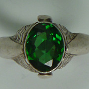 Vintage sterling green stone ring