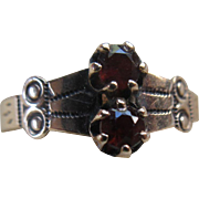 Antique Victorian 9C Garnet Ring