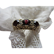 Antique English 9ct Garnet Trilogy Ring