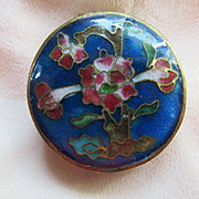Older Vintage Circa 1920 Enameled Locket