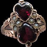 Antique Victorian 14K Garnet Double Heart Ring