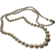 Vintage Hand Knotted Graduating Cultured Pearl Necklace 10K Clasp