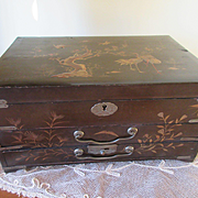 Older Vintage Lacquered Asian Jewelry Box