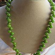 Vintage Deco 30s 40s Green Bakelite Necklace